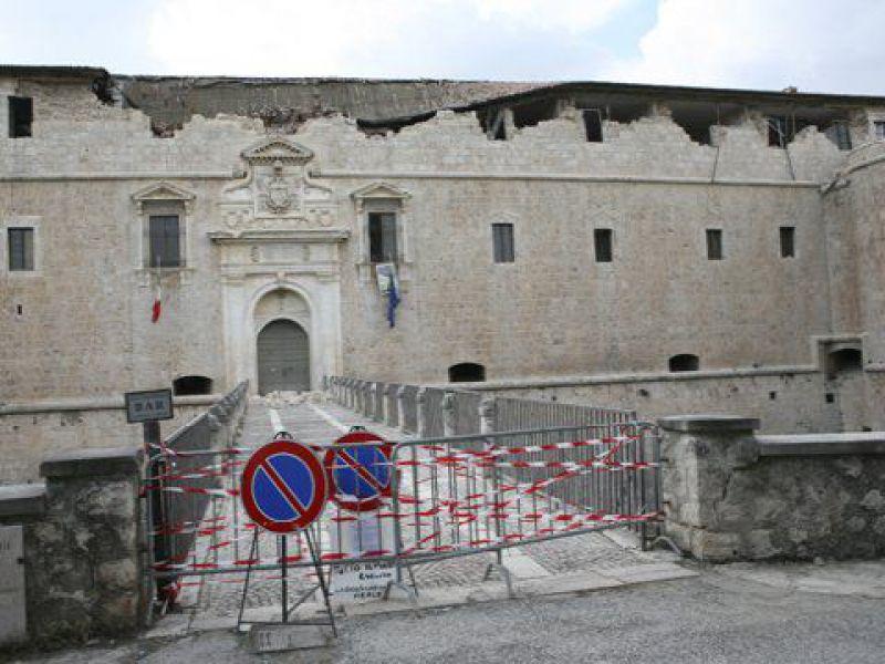 G8-Terremoto  Fusi e Verdini domani dal Gup dell Aquila - Piazza ... 5be3abdb0e30
