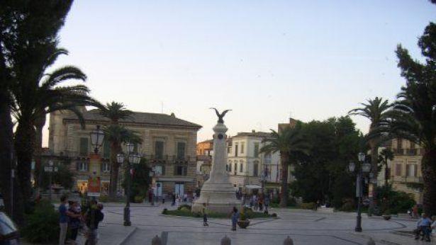 Vasto: Piazza Rossetti