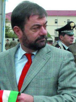 Nella foto, l'ex sindaco di San Salvo, Gabriele Marchese