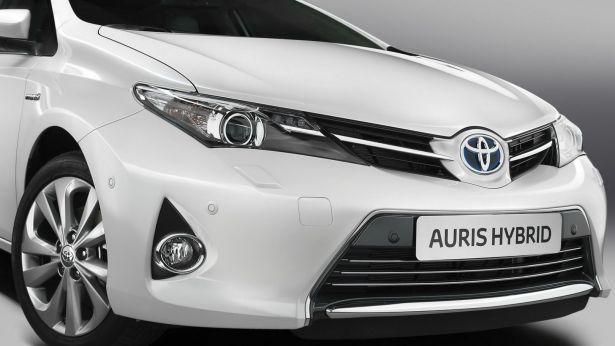 Toyota Auris Hybrid frontale