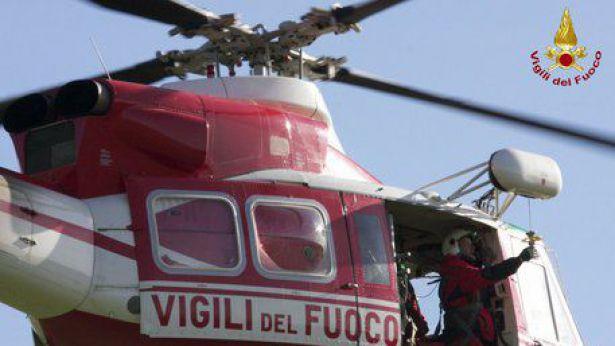Elicottero Vigili Del Fuoco Verde : E stato trovato l anziano scomparso ieri piazza