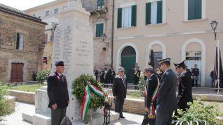 L'omaggio ai Caduti