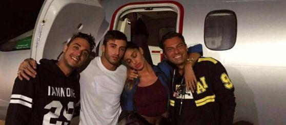 Jet Privato Roma Ibiza : Iannone dopo il trionfo in austria fa festa con belen a