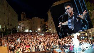 Il concerto di Edoardo Bennato in piazza del Popolo