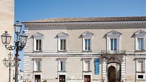 Palazzo d'Avalos