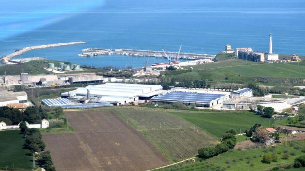 La zona industriale di Punta Penna