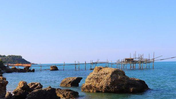 Abruzzo Regione Piu Accogliente D Italia Piazza Rossetti