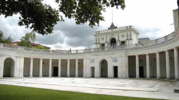 Palazzo dell'Emiciclo