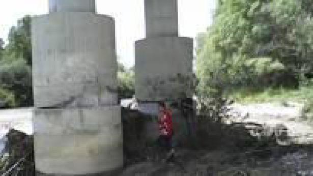 I piloni del ponte sul fiume Sangro