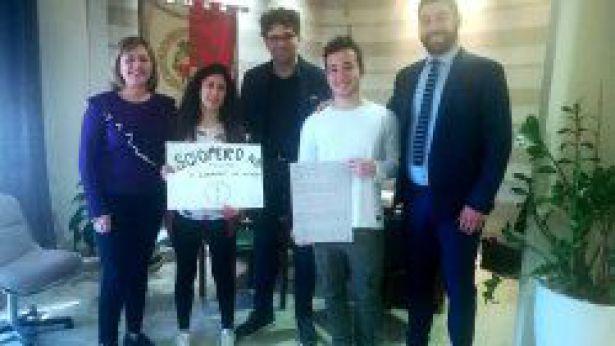 Gli studenti in Municipio
