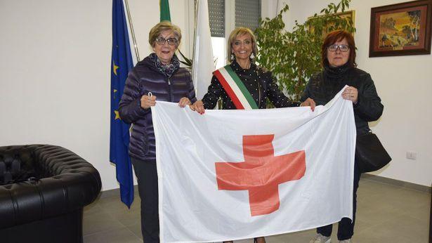 La bandiera della Croce Rossa
