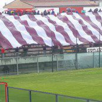 I tifosi allo stadio Aragona