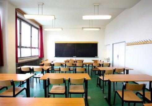 Calendario Scolastico 2020 2020 Abruzzo.In Abruzzo Si Tornera A Scuola Il 16 Settembre Piazza