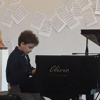 Daniele Basilico, allievo della Scuola Civica Musicale