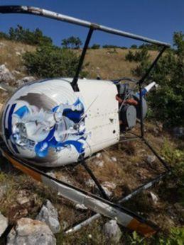 I resti del piccolo elicottero