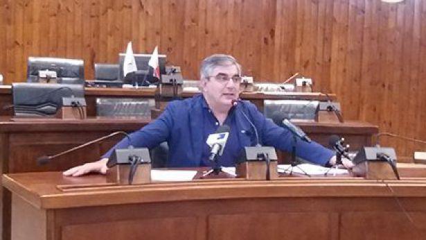 Il sen. D'Alfonso in conferenza stampa a Vasto