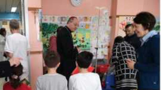 Mons. Bruno Forte in visita all'ospedale di Chieti