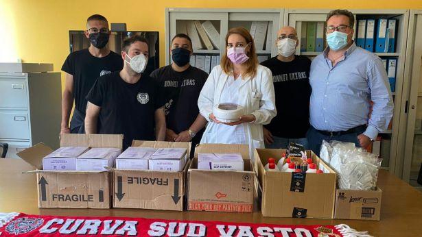 """Vastese Calcio: la consegna dei presidi sanitari al """"S.Pio"""""""