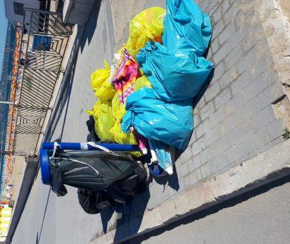 San Salvo: rifiuti in strada