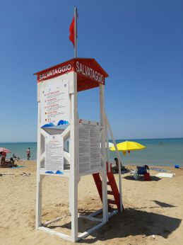 Postazione salvamento a Punta Penna