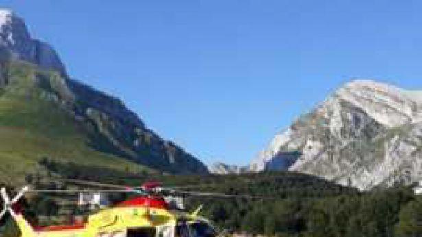 Soccorsi con elicottero in montagna