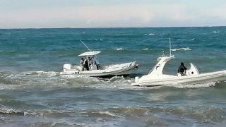 Soccorsi in mare per i due autisti polacchi