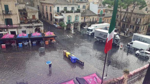 Lanciano: piazza Plebiscito attrezzata per il Giro d'Italia