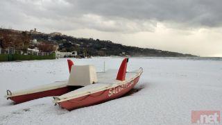 La neve sulla sabbia di Vasto Marina