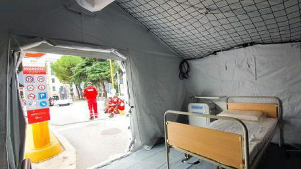 Ospedale campo della CRI
