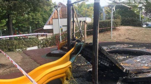 San Salvo: i giochi incendiati alla Villa Comunale